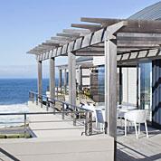 http://capeinfo.com/self-catering/le-paradis-penthouse