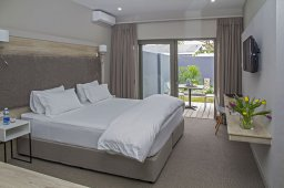 Double Bed Roomocean12a.jpg