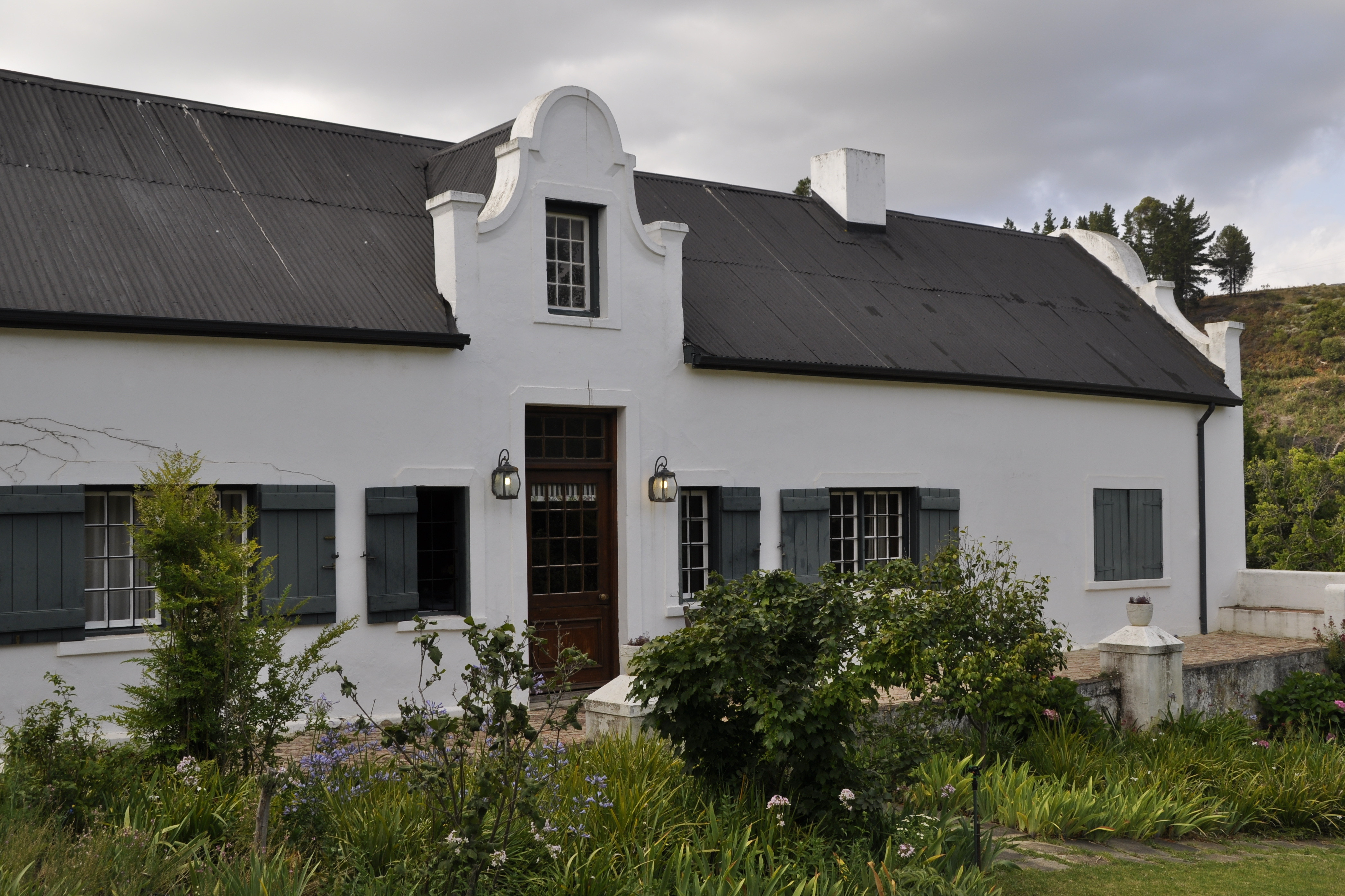 Wildekrans Country House_Houw Hoek Valley_Elgin Valley_luxury guest house accommodation_homestead entrance