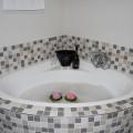 Honeymoon Suite 5 Corner Bath