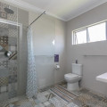 Cedarview bathroom Russia Cuba i