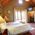 Main bedroom with double bed & en-suite bathroom