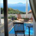 Luxury Double room with Ocean & pool view