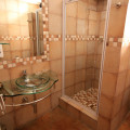 Bathroom in African Dreams cottage