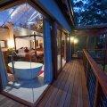 Honeymoon Suite (Separate building)