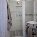 Silver Pebbles Suite - Bathroom