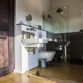 Deluxe Suite open plan bathrooms