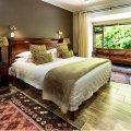 Room 2 - Lagoon Facing Room
