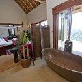 Honeymoon suite (in the lodge)
