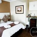 Room 1 Kitchenette