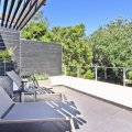 Mountain view room - private balcony with stunning mountain views