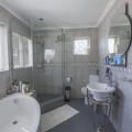 F_4_CAB_Bathroom