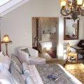 Manor Suite