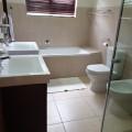 29580_3_1_10_bathroom_resized