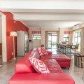 Lounge with honesty bar & braai