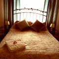 The Big Four Poster Bed Room3