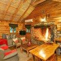Log Cottage Living Room