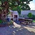 Back Garden / Braai Area