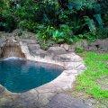 Plunge rock pool
