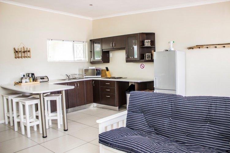 Standard Large Cottage - Open Plan Lounge
