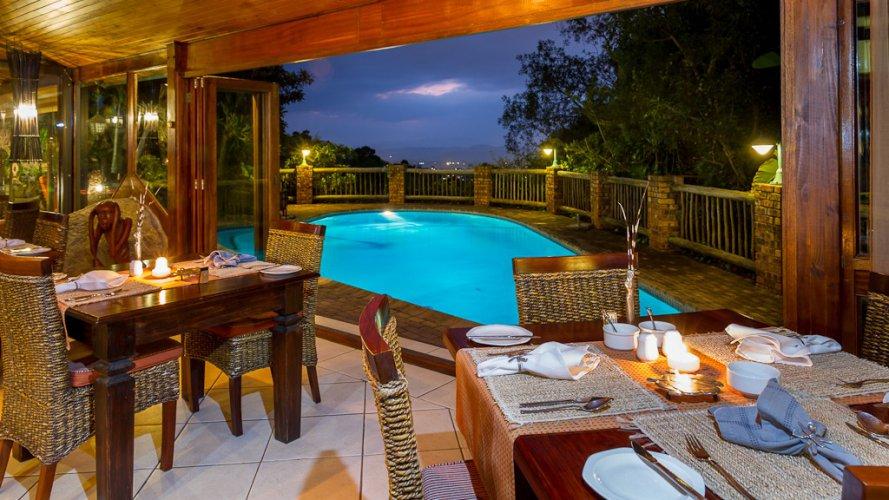 Dining Room & Pool