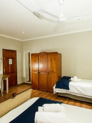 FAMILY EN-SUITE ROOM (3)