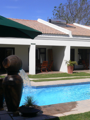 B My Guest - pool area/braai