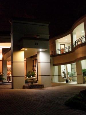 Casa Flora Guesthouse