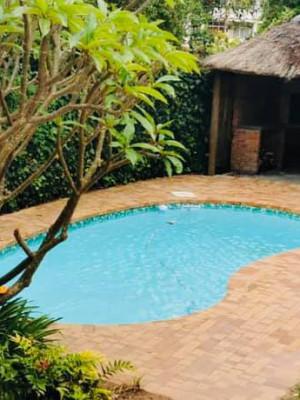 Devonshire House BnB - Pool 2