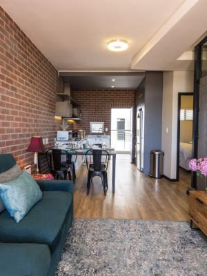 Protea Apartment 317 - Open plan sitting area