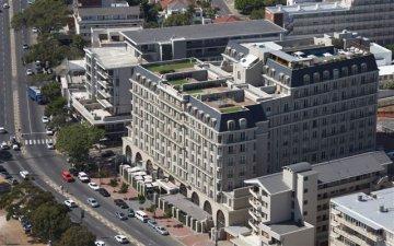 Accommodation in Upmarket Cape Royale