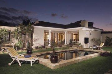 All rooms face onto pool & garden