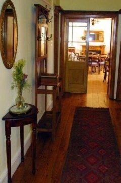 Aan De Doorns Guest House