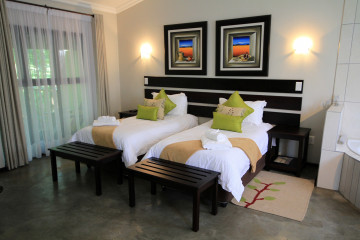 Joy Suite (King or Single Beds)