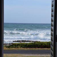 87 Marine Drive