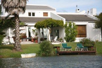 Cape Town Lake House
