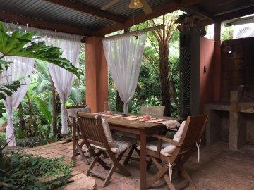 Dinkwe Guest House