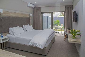 Double Bed Roomocean12a.jpg
